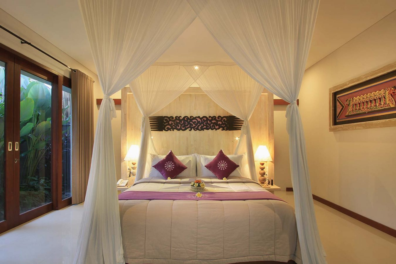 big size bed room at dedary kriyamaha villa
